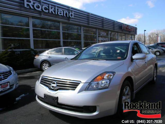 Rockland Nissan